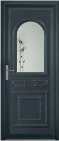 Porte traditionnel bleu foncé avec des fleurs aluminium
